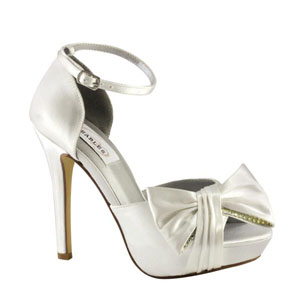 Dyeables Womens Jay White Satin Sandals Wedding Shoes