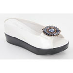 Helens Heart Womens CFW-8127-17 White Beaded Sandals Casual Shoes
