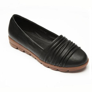 Helens Heart Womens CFW-809-1 Black Leather Closed Toe Casual Shoes