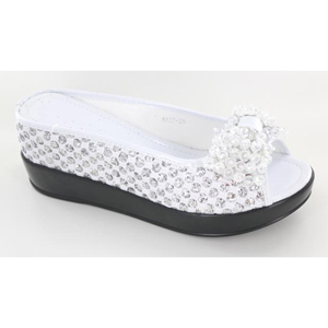 Helens Heart Womens CFW-8127-25 White Beaded Wedge Casual Shoes