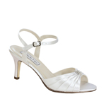 Touch Ups Womens Asher White Satin Sandals Wedding Shoes