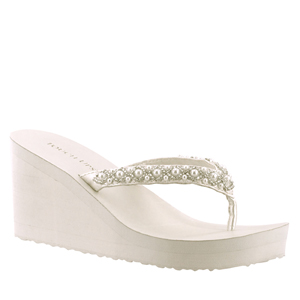 Touch Ups Womens Shelly Diamond White Synthetic Sandals Wedding Shoes