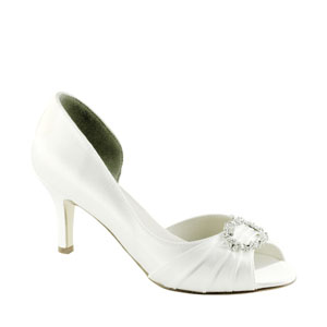 Touch Ups Womens Ivanna White Satin Sandals Wedding Shoes