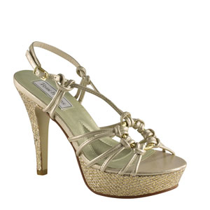 Touch Ups Womens Cassidy Champagne Glitter Platforms Prom and Evening Shoes