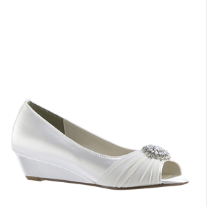 Touch Ups Womens Patience White Satin Pumps Wedding Shoes